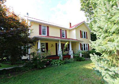 Flint Single Family Home For Sale: 6299 Calkins Road