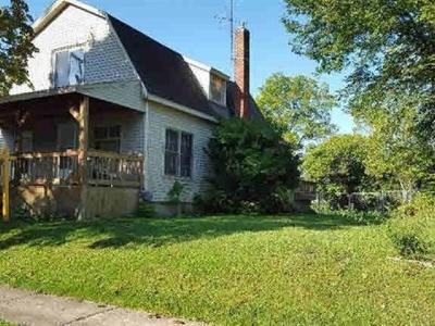 Flushing Single Family Home For Sale: 236 Lynn Street