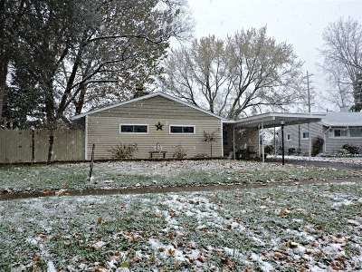 Flint Single Family Home For Sale: 1806 Briarwood Drive
