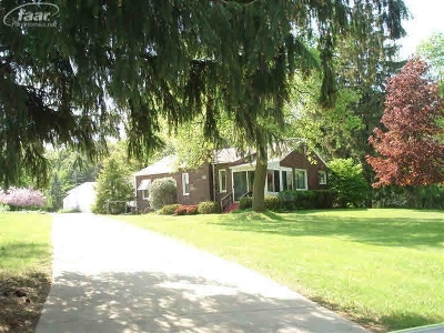 Flushing Single Family Home For Sale: 309 N Seymour Road