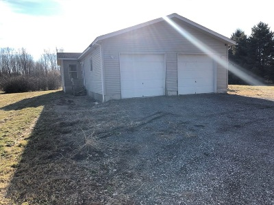 Flint Single Family Home For Sale: 5160 E Coldwater Road