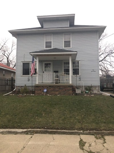 Flint Single Family Home For Sale: 1017 Christopher Street