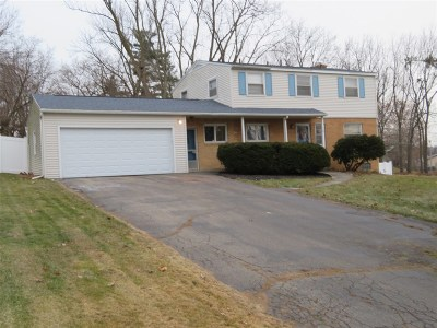 Flushing Single Family Home For Sale: 408 Sharon Drive