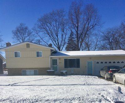 Flushing Single Family Home For Sale: 413 Chestnut Street