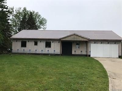 Mt. Morris Single Family Home For Sale: 5059 Retha Court