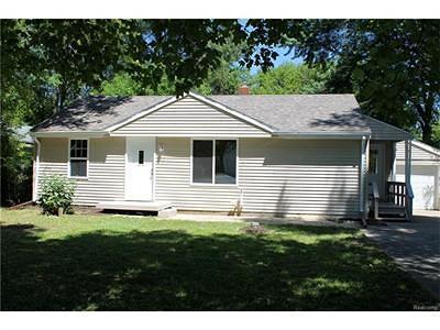 Flint Single Family Home For Sale: 1460 Maria