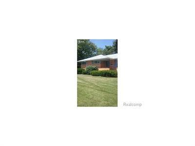 Mt. Morris Single Family Home For Sale: 1054 Louis