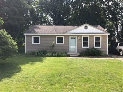 Flint Single Family Home For Sale: 2310 Bradford