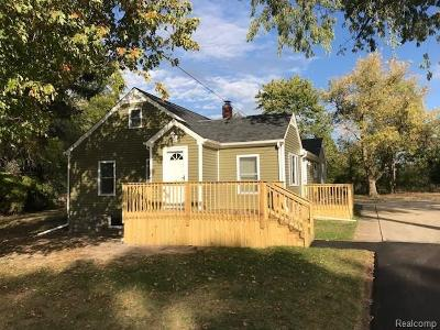 Flushing Single Family Home For Sale: 5124 North McKinley