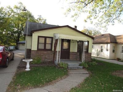Single Family Home For Sale: 11116 Inkster