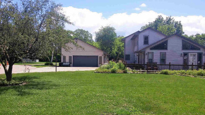 Flint Single Family Home For Sale: 3200 North Center Road