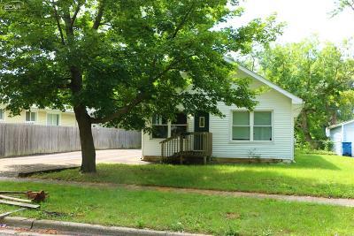 Mt. Morris Single Family Home For Sale: 570 Beach Street
