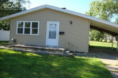 Flushing Single Family Home For Sale: 802 Thomas Street