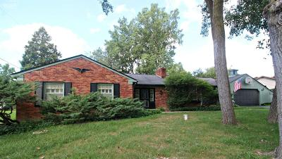 Flushing Single Family Home For Sale: 2437 Redwood Drive