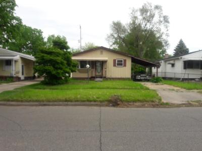 Flint Single Family Home For Sale: 1819 N Gilmartin Street