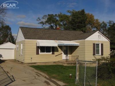 Mt. Morris Single Family Home For Sale: 1159 Harriet Street