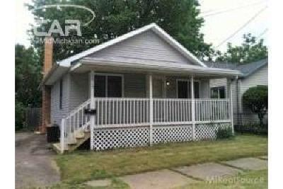 Flint Single Family Home For Sale: 2415 Thom Street
