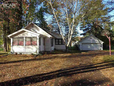 Flushing Single Family Home For Sale: 8423 North Seymour Road