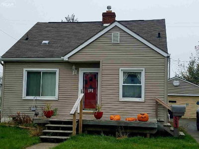 Flint Single Family Home For Sale: 523 Chalmers Street