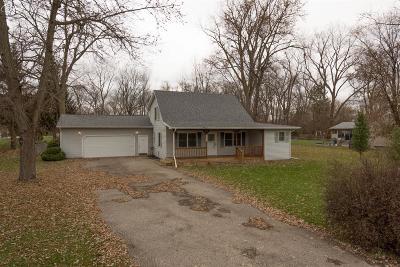 Flint Single Family Home For Sale: 1242 Adams Road