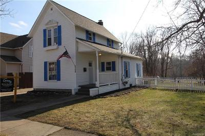 Flushing Single Family Home For Sale: 308 Mill St