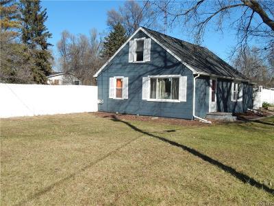 Flushing Single Family Home For Sale: 5322 N Elms Rd