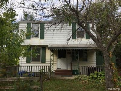 Flint Single Family Home For Sale: 2052 Roslyn Ave