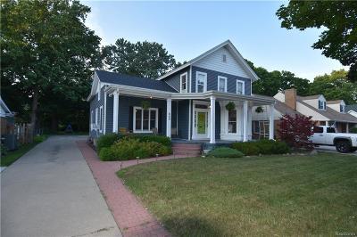 Flushing Single Family Home For Sale: 605 E Main St