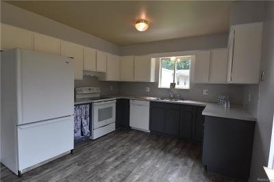 Flushing Single Family Home For Sale: 511 Cherrywood Dr