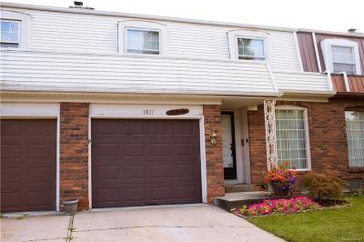 Flint Single Family Home For Sale: 1817 Timberlane Dr