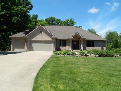 Flushing Single Family Home For Sale: 668 Bending Brk