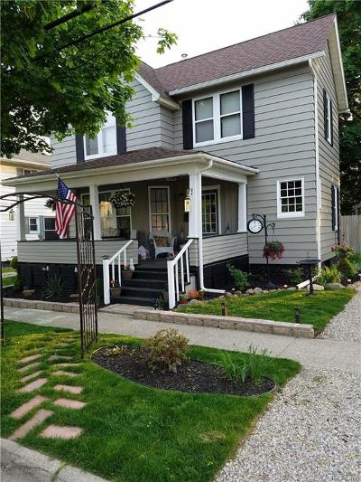Flushing Single Family Home For Sale: 122 S McKinley Rd