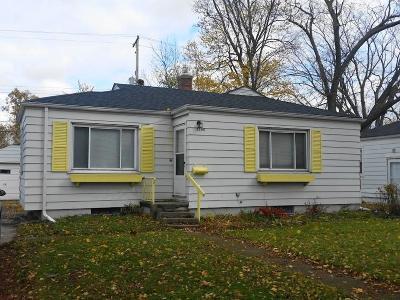 Flint Single Family Home For Sale: 3506 Beecher Rd