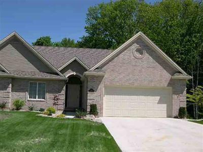 Flushing Single Family Home For Sale: 2000 Emeraldwood Trl