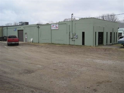 Commercial/Industrial Contingent: 3233 Gregory St