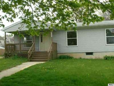 Jackson Single Family Home For Sale: 808 Francis St