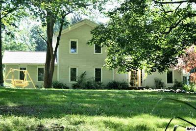 Springport MI Single Family Home For Sale: $205,000