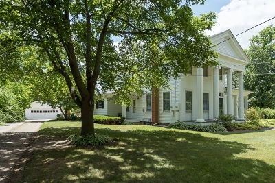 Single Family Home For Sale: 423 E Michigan Ave