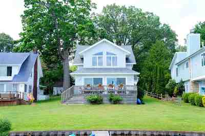 Clarklake Single Family Home Contingent - Financing: 546 Woodland Dr