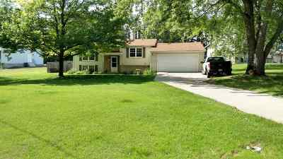 Single Family Home For Sale: 4944 Farwell Lake Rd