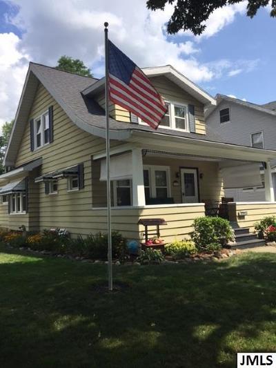 Jackson MI Single Family Home For Sale: $120,000