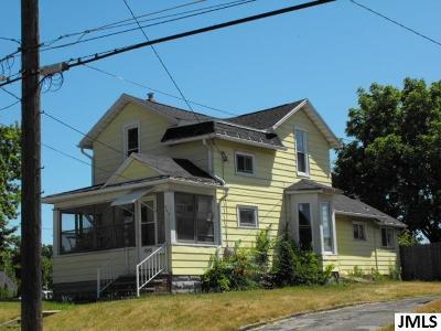 Jackson MI Single Family Home For Sale: $62,900