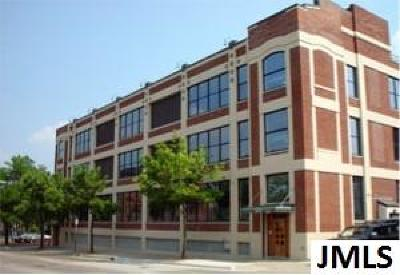 Jackson MI Rental For Rent: $1,350