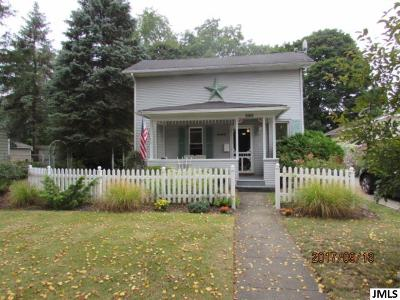 Single Family Home For Sale: 600 S Webster St