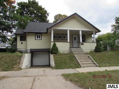 Single Family Home Contingent - Financing: 1511 First St