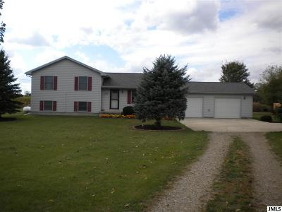 Single Family Home For Sale: 4452 Stone Rd