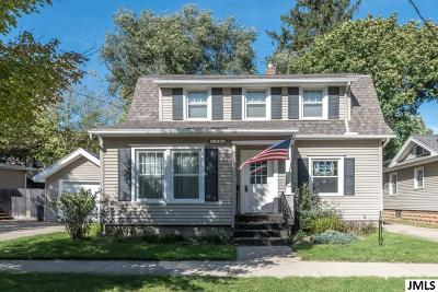 Single Family Home Contingent - Financing: 1108 Norfolk St