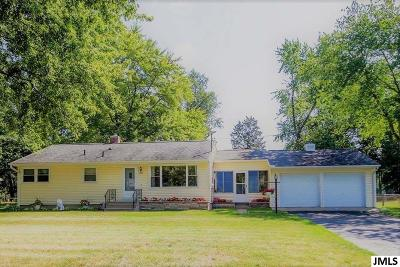 Single Family Home For Sale: 235 Lumley