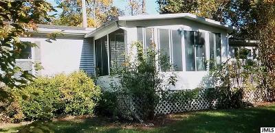 Single Family Home For Sale: 7990 Sunnydell Dr