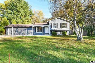 Single Family Home For Sale: 521 Maitland Dr
